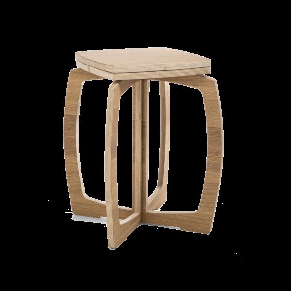Tammipintainen OPILION-tuoli