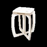 Valkoinen tuoli