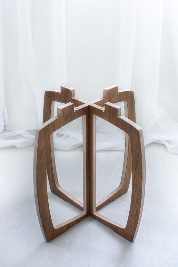 Opilion puinen design jakkara, istuinosa irrotettuna