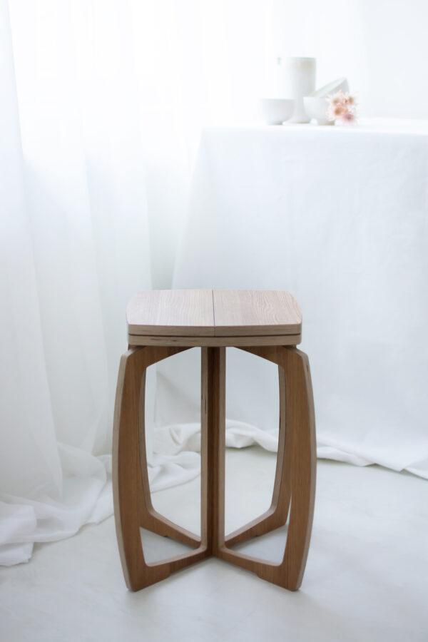 Opilion puinen design jakkara tammi